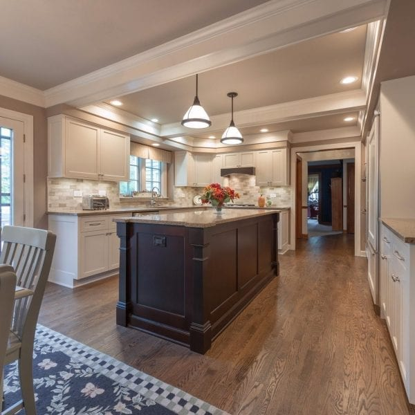 Kitchen renovations are fully managed by DF Design, Inc. No need to worry about supervising or meeting with contractors, we'll oversee the project from start to finish!