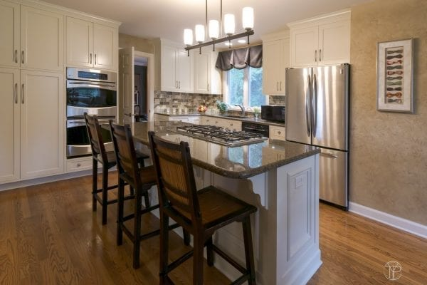 Custom kitchen interior design. Kitchen Design and Renovations for Northern Illinois residents.