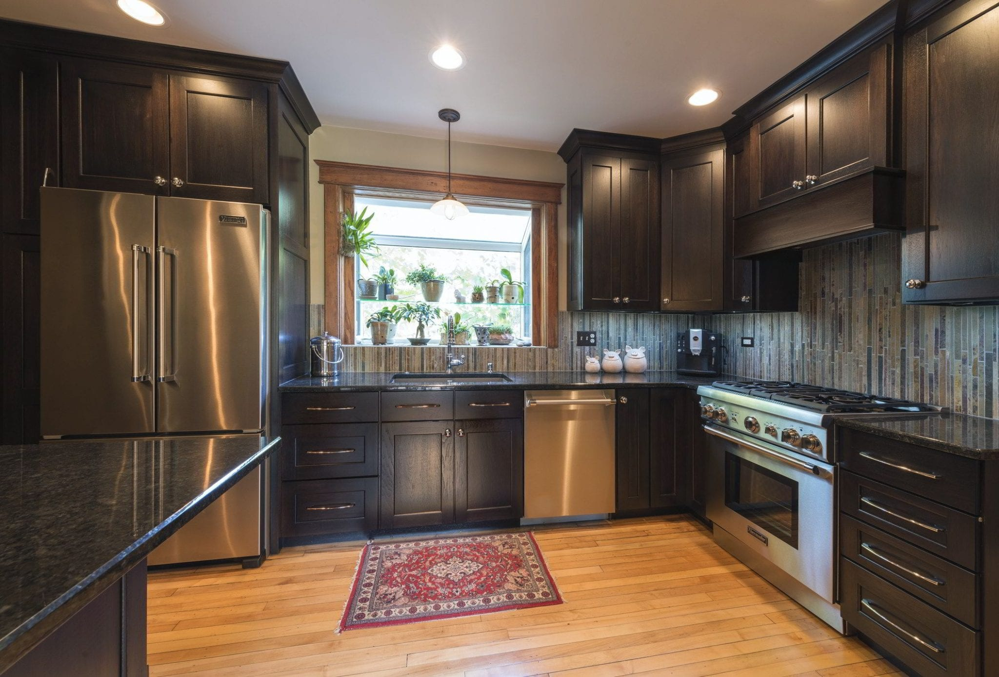Highly recommended residential interior design firm offering expert kitchen remodeling