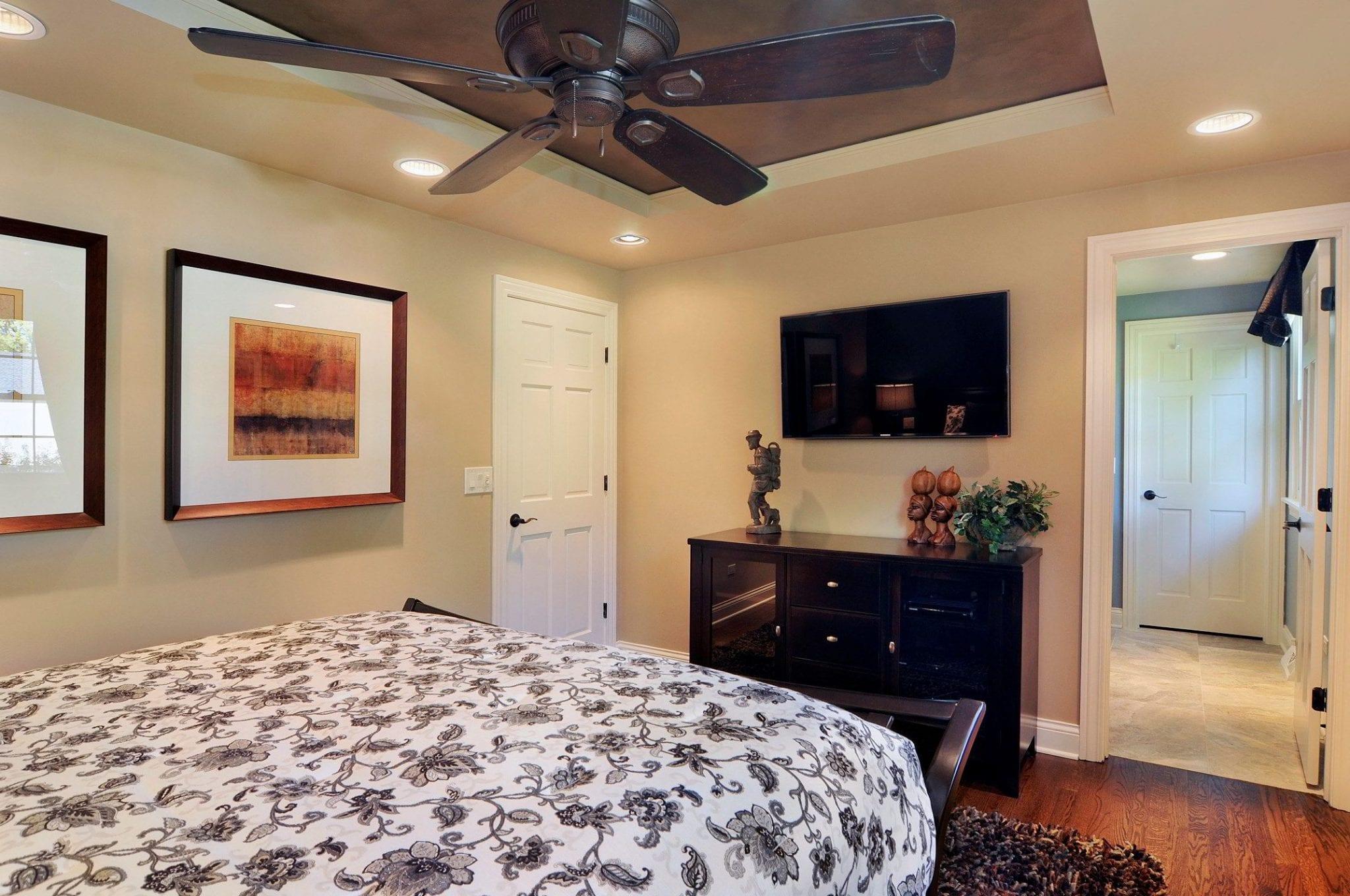 Master Bedroom Suite Design by Illinois Dennis Frankowski of DF Design, Inc.