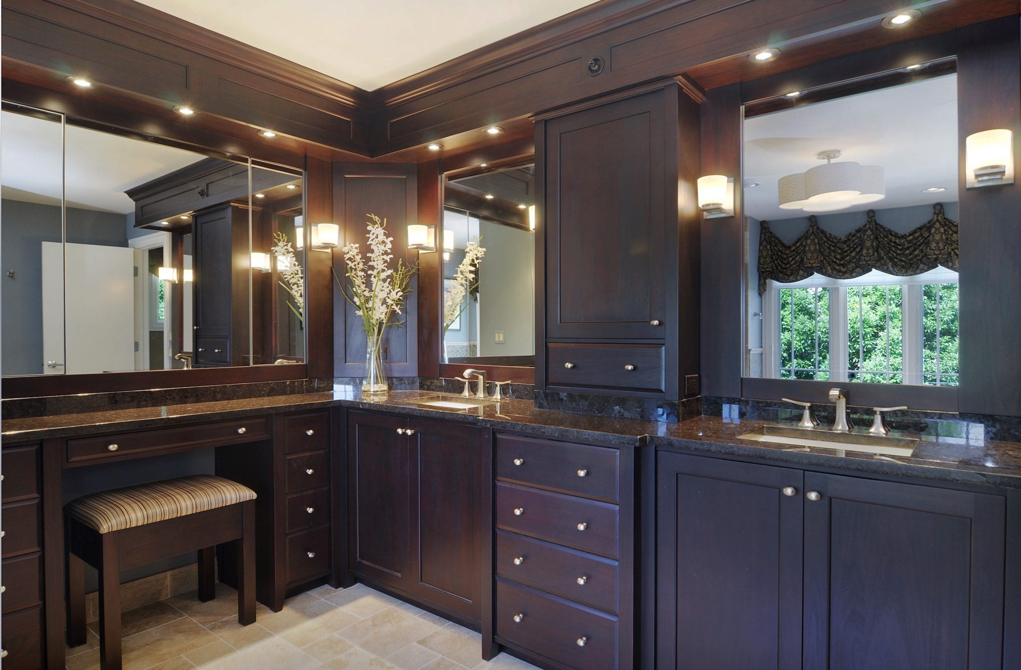 Long Grove Master Bath Cabinetry