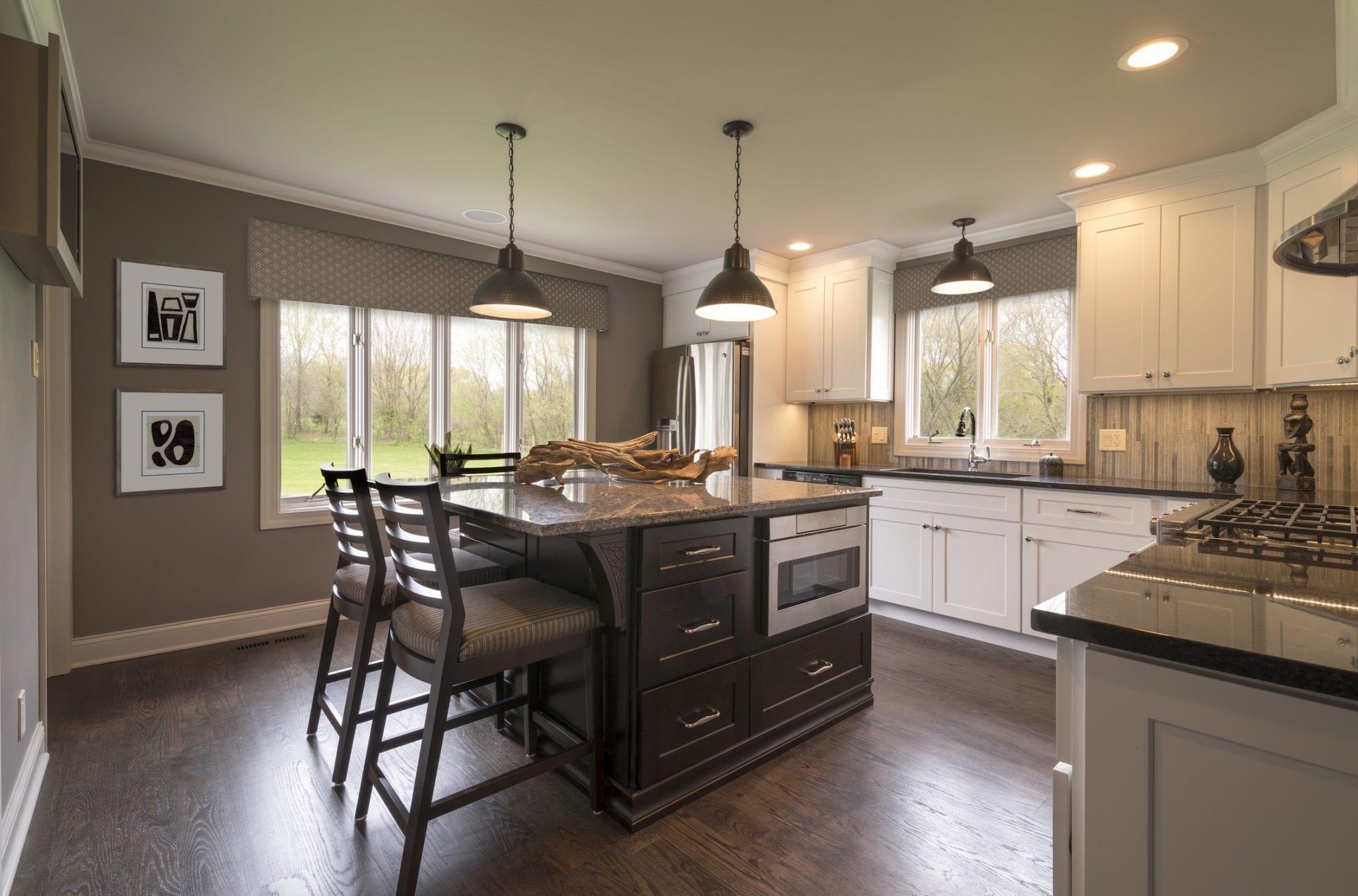 Crystal Lake Kitchen Design & Build