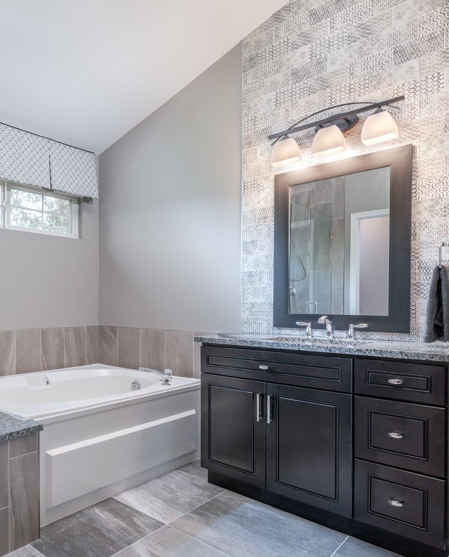 Master Bathroom Design & Build Mundelein